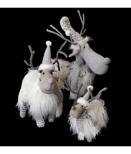 Shaggy Mountain Reindeer Room Decoration
